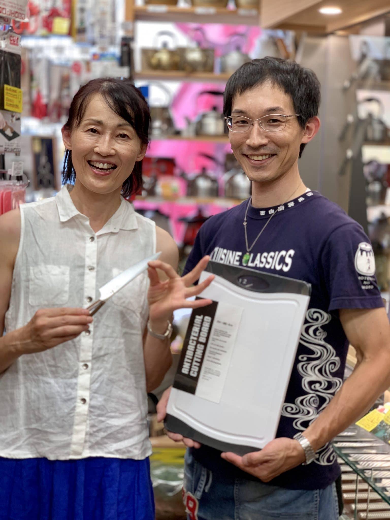 美味しい豚肉の生産者「高橋真二郎フェア」開催のため、道具をかっぱ橋飯田屋まで買いに行きました!